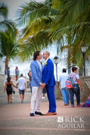 RickAguilar_puertovallarta_weddingPR_0313seRick Aguilar Studios