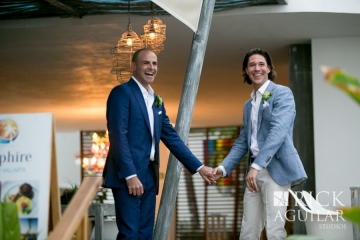 RickAguilar_puertovallarta_weddingPR_0610Rick Aguilar Studios